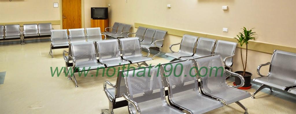 Ghế băng chờ inox lắp đặt thực tế tại bệnh viện bởi nội thất 190